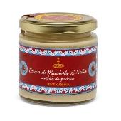 Dolce & Gabbana Fiasconaro crema de almendras de Sicilia